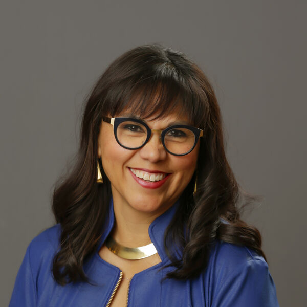 Gloria Perez Headshot